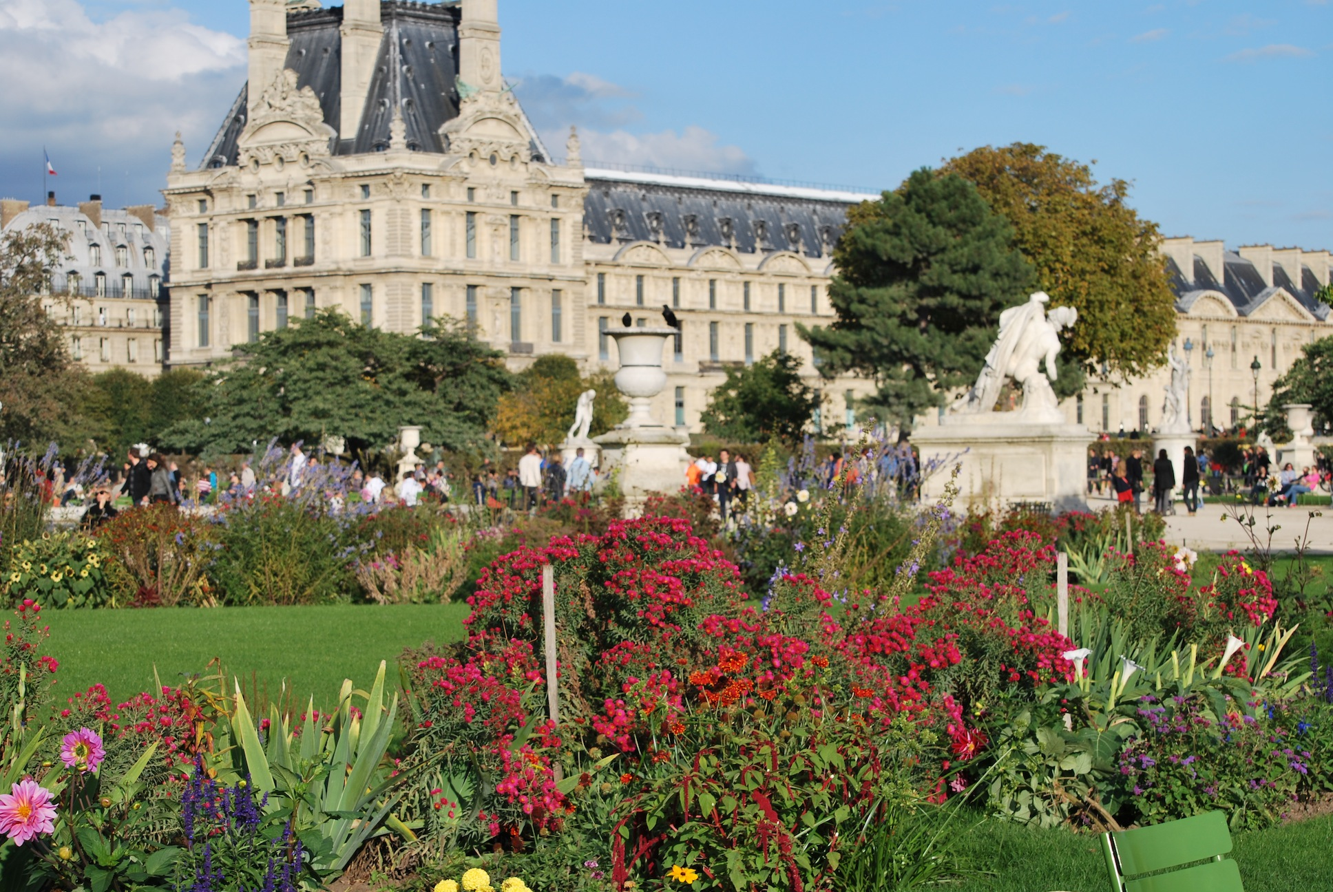 """Jardin des Tuileries or """"a runner s paradise I will probably"""