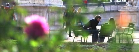 Les amoreux in les Jardins Tuileries